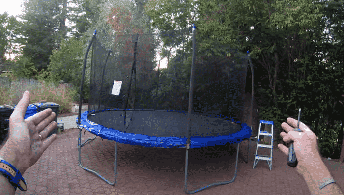 how to put a net on a trampoline